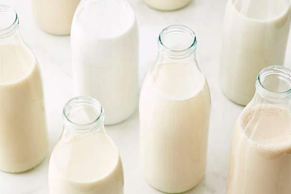 کاهش مصرف شیر ایران